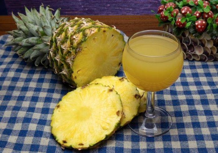 вино с ананасом