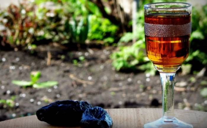 как сделать вино из чернослива